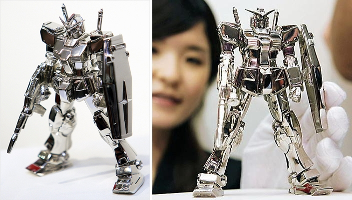 Most-Expensive-Toys-In-The-World-Gundam-Fix-Platinum-Toy-Robot